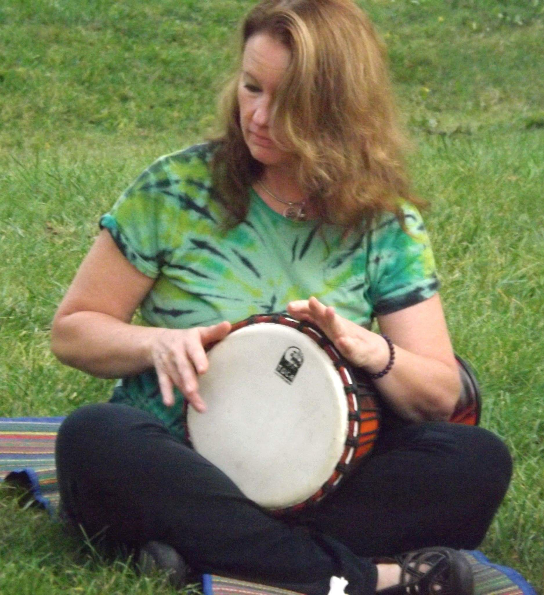 Barb drumming 2